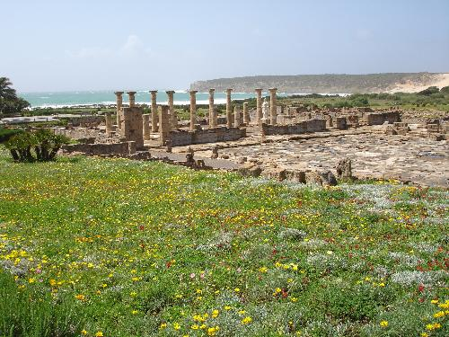 The ruins of Baelo Claudio are on the unspoilt beach at Bolonia about 1 hour from Casa Alhambra.